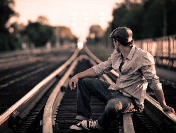 Hidden Face Boy Sit On Rail Track Latest Dp For Fb Boys Hd Wallpapers Free Download Feed Whatsapp Status Quotes Boys Wallpaper Status Quotes Attitude boy hd wallpaper free download