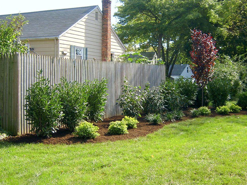 Schon Beliebt Ist Der Zaun Landschaftsbau Ideen #Garten