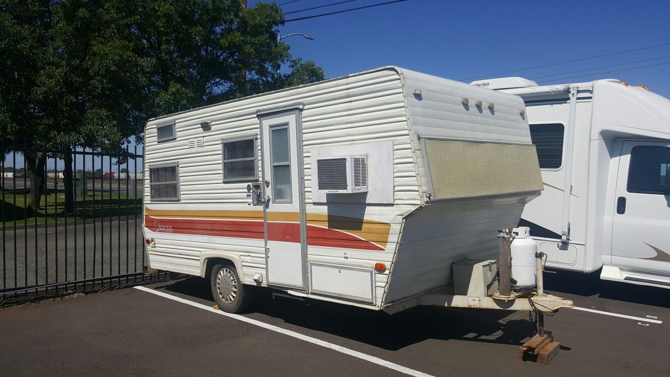 My baby! 1977 Shasta Travel Trailer | Vintage Travel Trailer ... on mississippi state housing floor plans, 18' wide mobile home plans, shultz homes floor plans, redmond mobile homes floor plans,