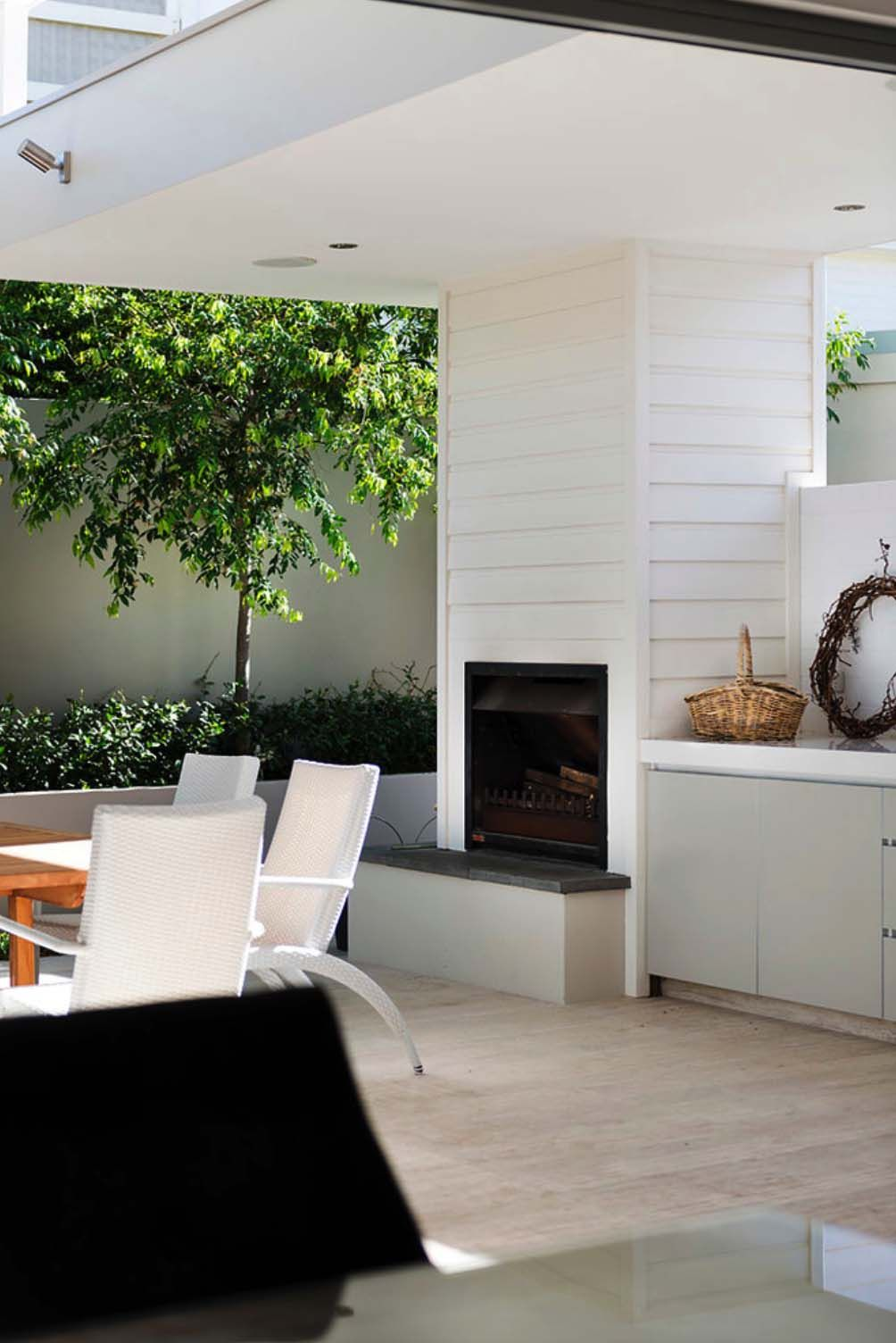 3 Home Decor Trends For Spring Brittany Stager: Renovated Australian Home Celebrates A Relaxed Beachside