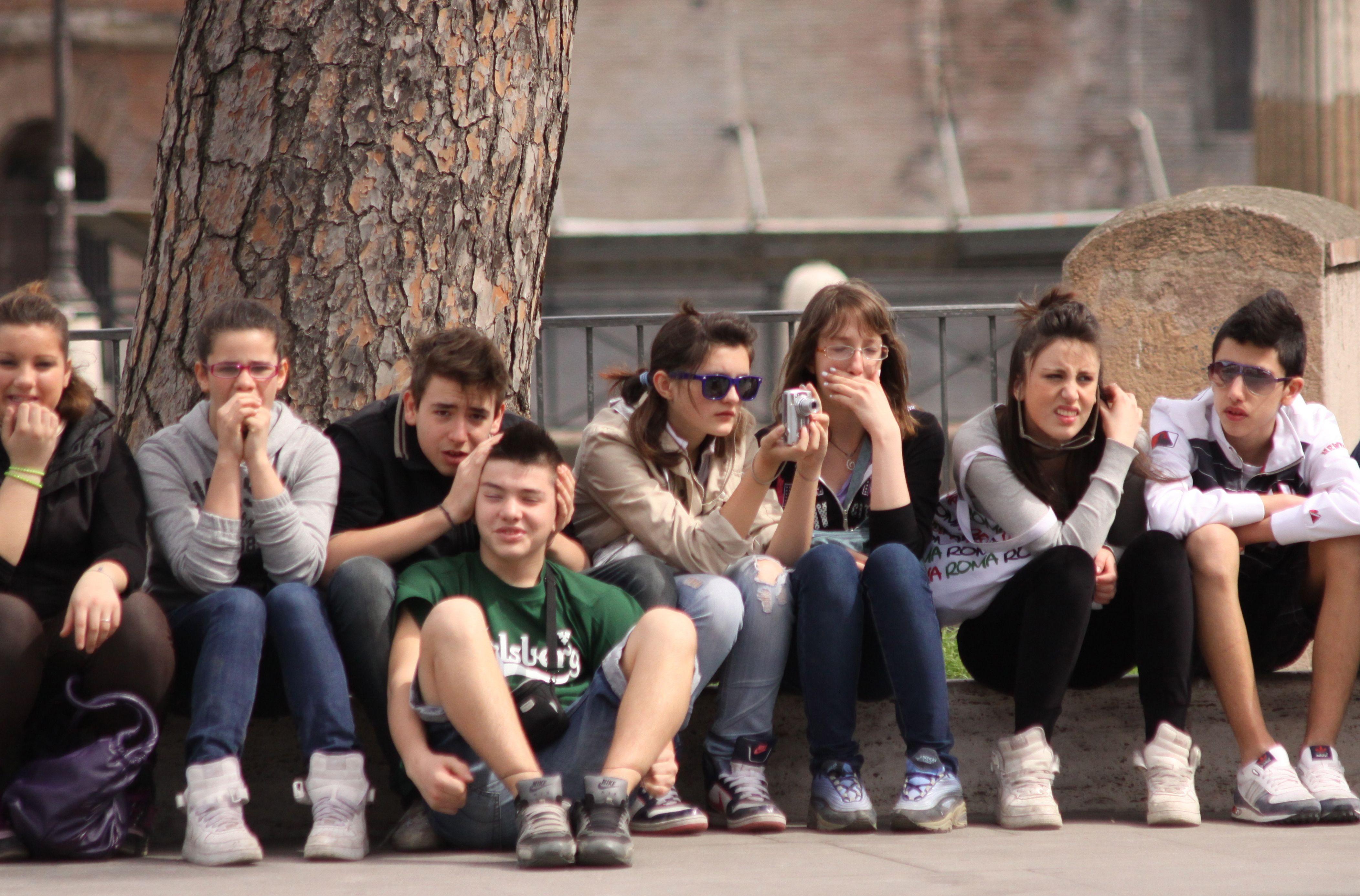 Italian Teens On Field Trip In Rome The Body Language