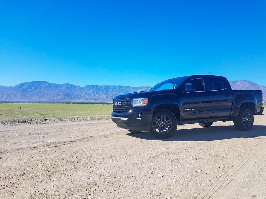 A Beautiful Canyon With A Beautiful Background Photo Credit Vieyra Luis22 Zr2 Chevylife Alliance Z71 Chevy Colorado Beautiful Backgrounds Gmc Canyon
