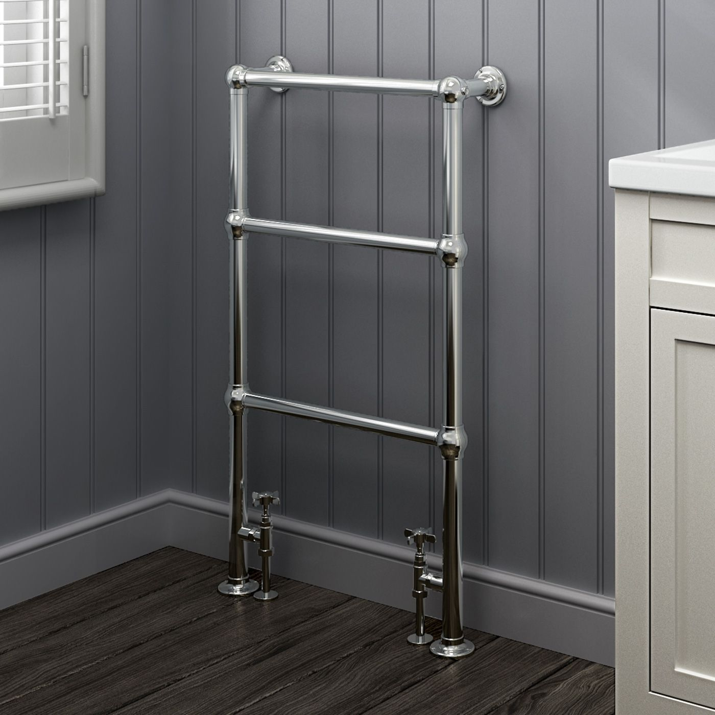 Victoria Traditional Towel Radiator In Chrome 914mm X 535mm