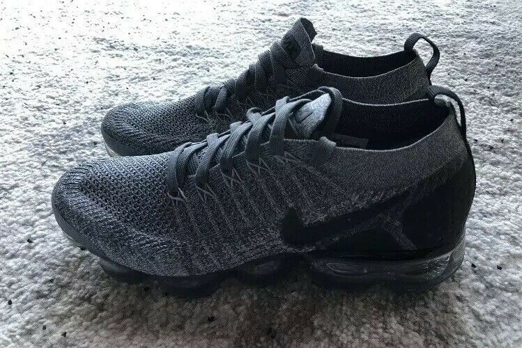 cce0d336f316 Nike Air VaporMax Flyknit 2 Dark Grey Black Wolf Grey 942842-002 Men s Size  7.5