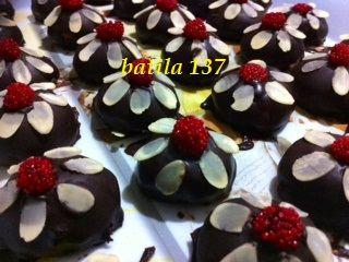 قاطو الوردة برقائق اللوز منتديات الجلفة لكل الجزائريين و العرب Desserts Food Pudding