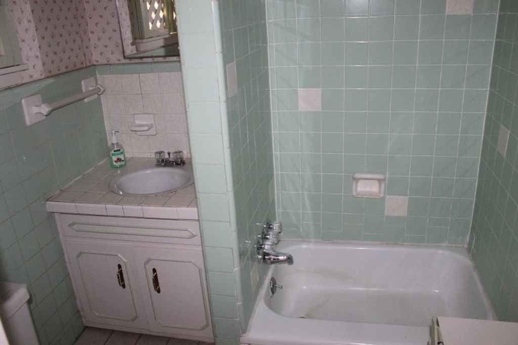 Queen Anne Jonesboro AR Old House Dreams - Bathroom remodel jonesboro ar