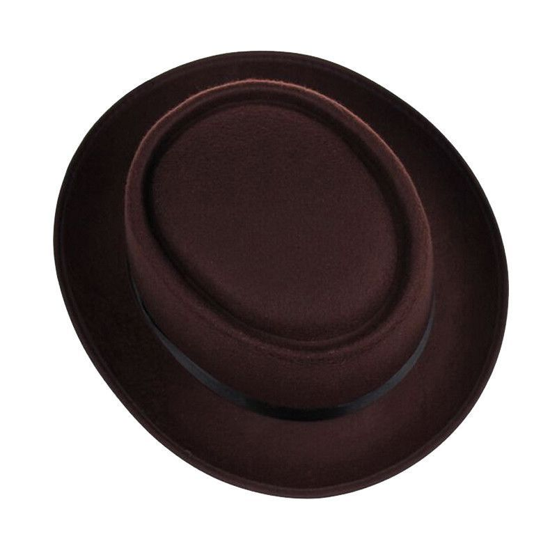 Fashion Uni Felt Pork Pie Men Curled Cap European American Style Flat Caps  Circular Top Hats Fedoras Chapeu Fedora Jazz Hat Alternative Measures 667a36da97c