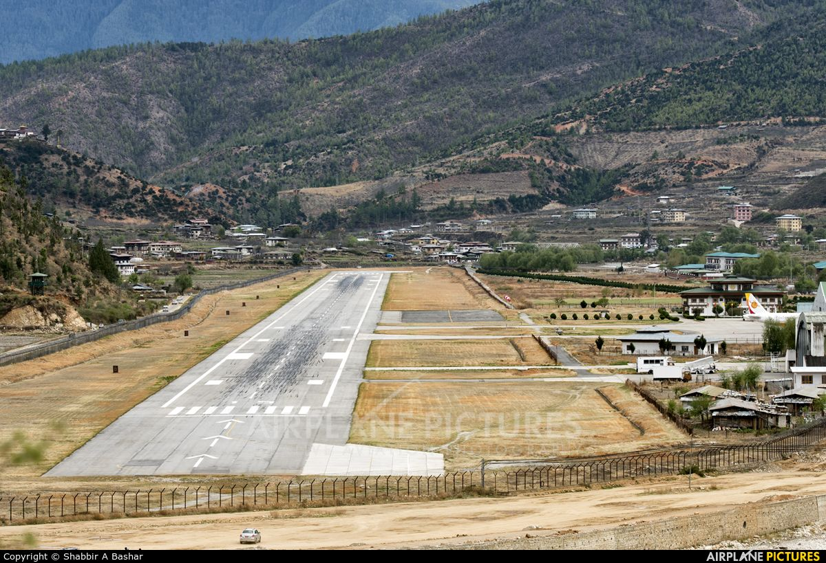 Overview Of Paro Airport The Only International Airport Of Bhutan From The Hills To The North West It Is Located 6 Km 3 7 Mi From Paro Airport Photo World