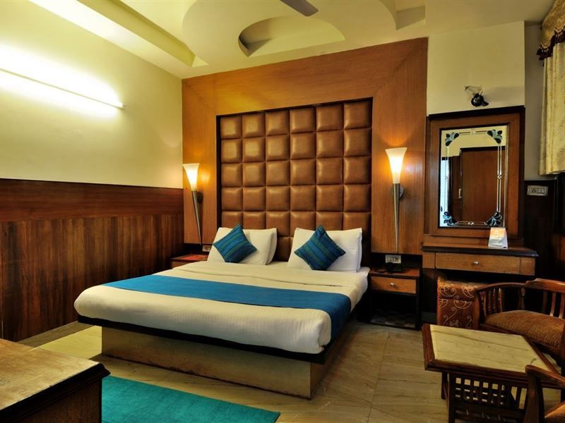 Zo Rooms Karol Bagh Accommodation Room Stylish Room Rent