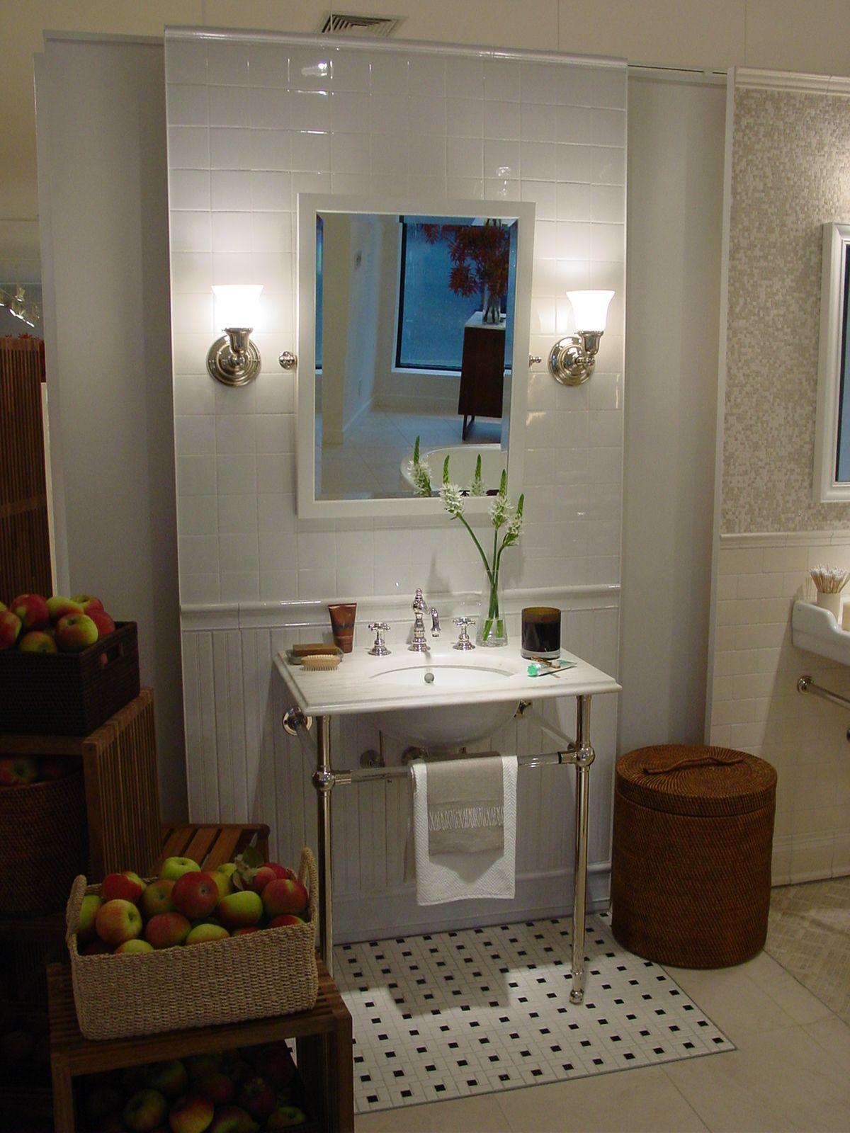 Bathroom showrooms canberra - Bath Display In The Greenwich Showroom Greenwich Showroom Pinterest Waterworks Showroom And Display