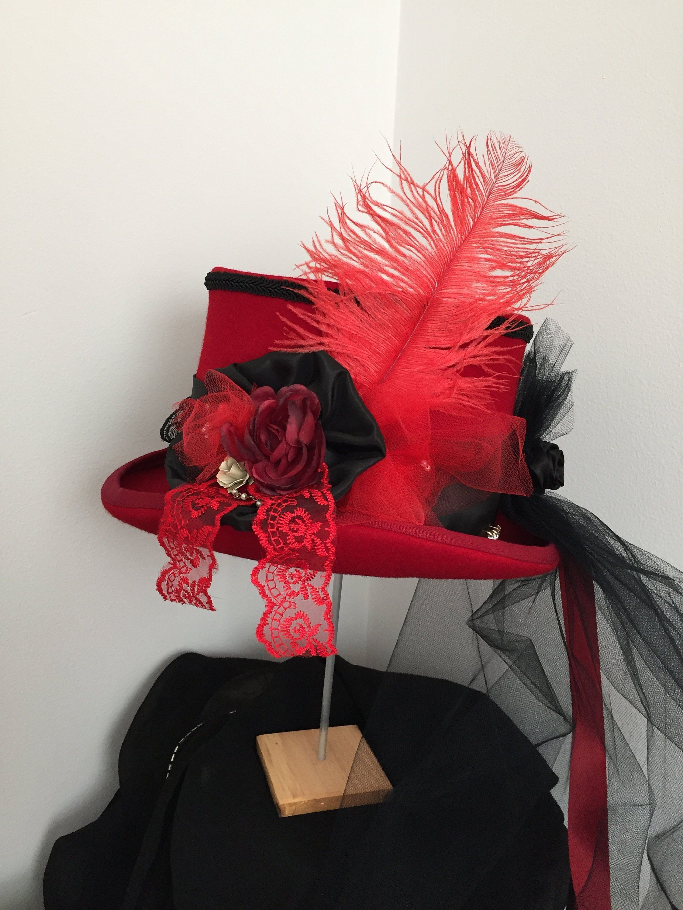 Red Top Peacock Veil Feather Costume Victorian Steampunk Goggles Hat