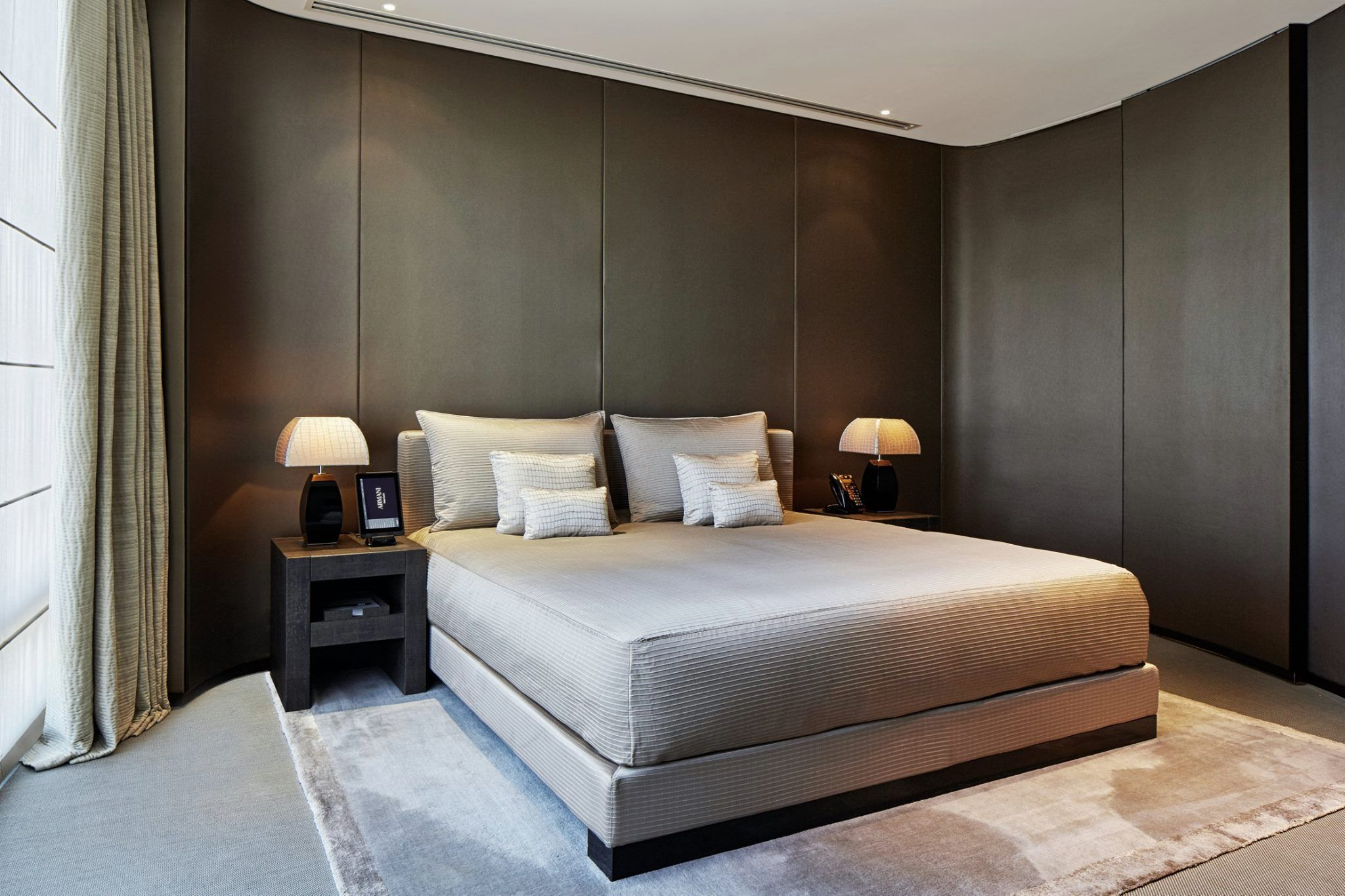 pin by pimkae tinna on bedrooms armani hotel armani hotel dubai rh pinterest com