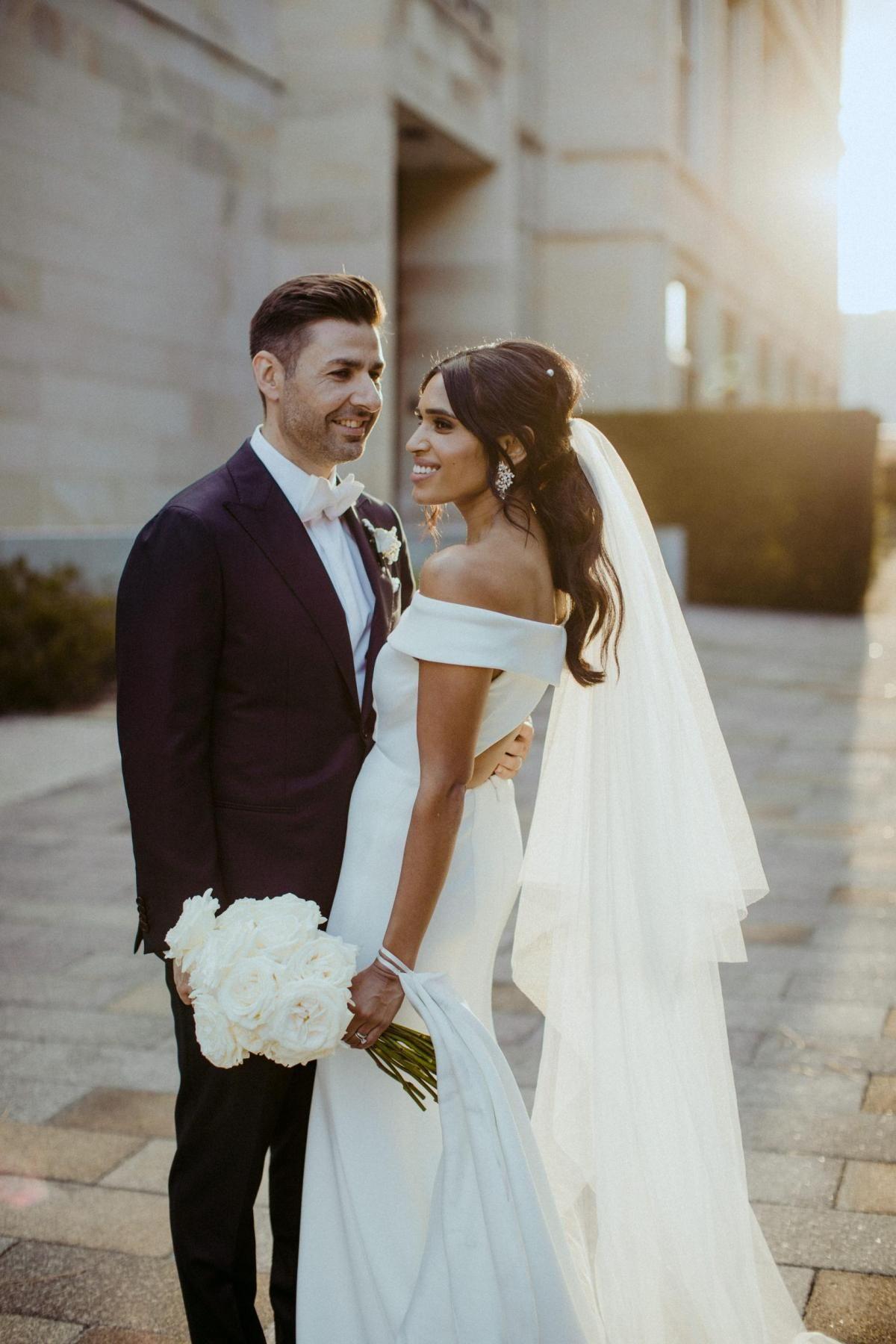 Mel And Nick S Minimal Perth Wedding Elegant Bride Wedding