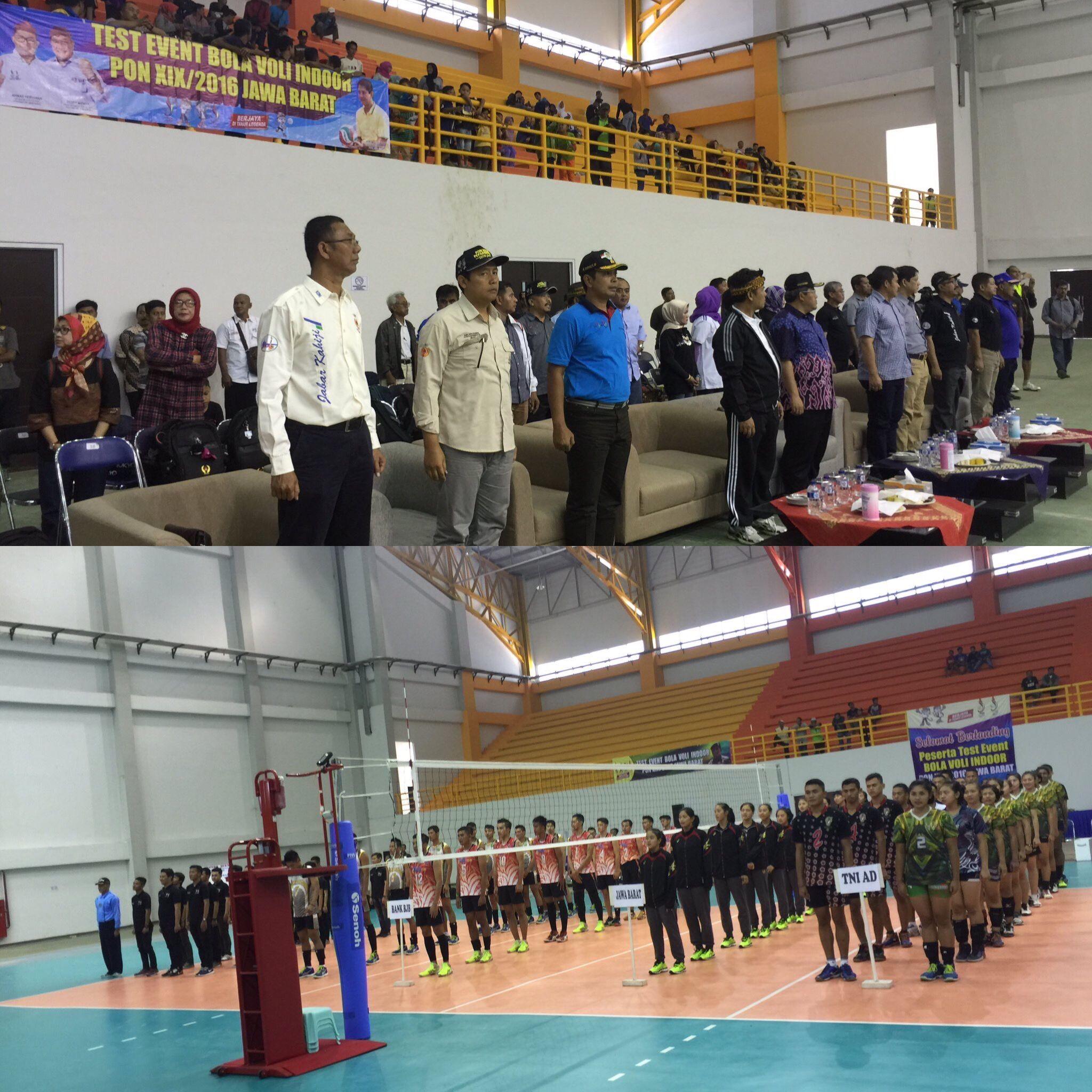 ... PON Peparnas 2016 Jawa Barat. Hari ini test event bola voli indoor di  GSG Si Jalak Harupat bersama Pak Ahmad Heryawan 844eb96f5c