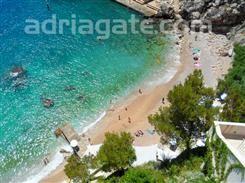Sandy beaches - A guide to the beaches,   Bellevue beach, South Dalmatia, Dubrovnik