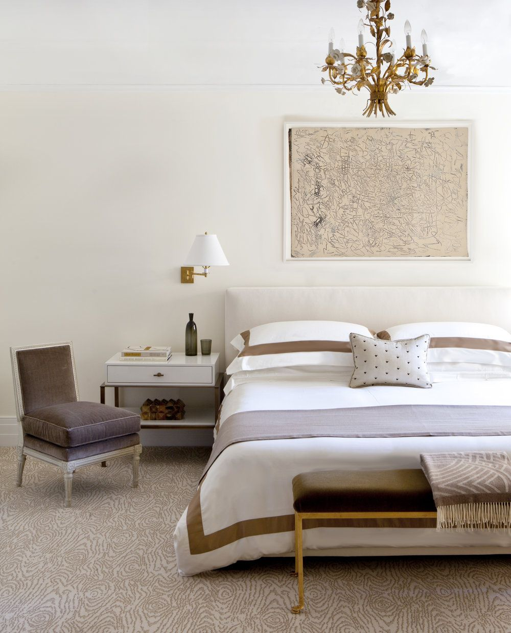 Modern master bedroom design with low rise bed | Kapito Muller ...