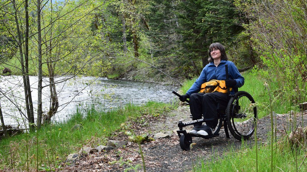 Grit Freedom Chair Comes With Levers To Push Terrain Hiking