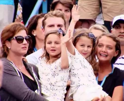 Mirka Federer, US OPEN 2014, with twin girls Charlene Riva ...