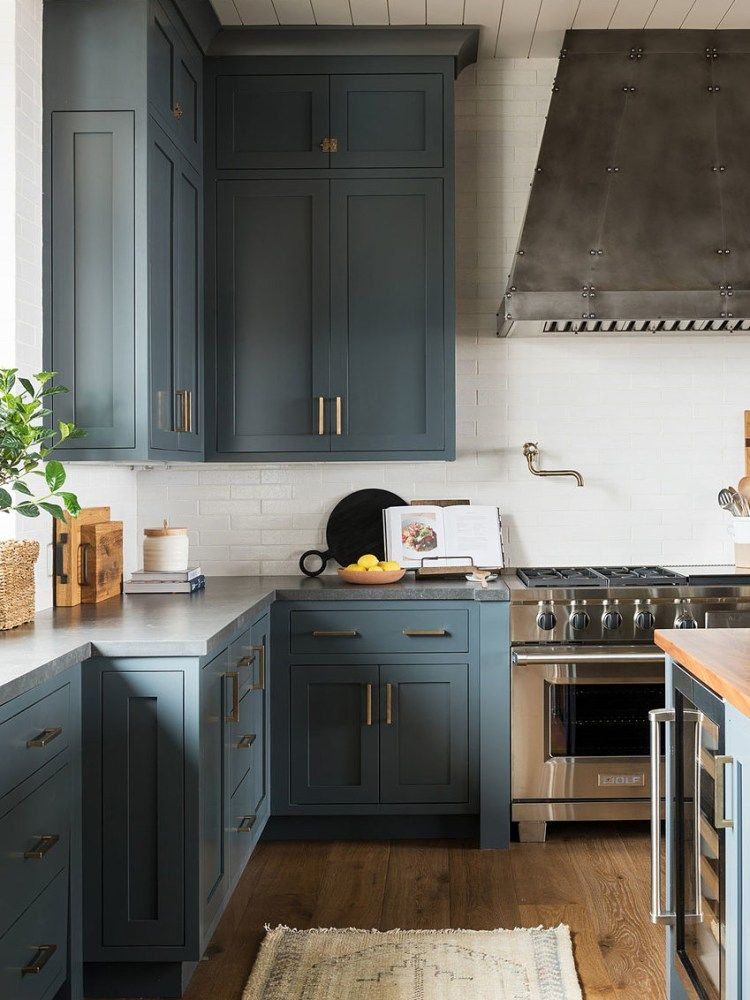 Thinking of DIY Painting Your Kitchen Read This