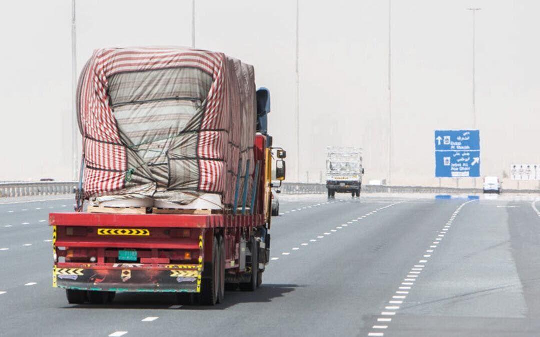 600 مليون درهم كلفة صيانة الطرق بسبب الحمولة الزائدة للشاحنات أخبار الشاحنات الإمارات Http Buff Ly 2puw3wj