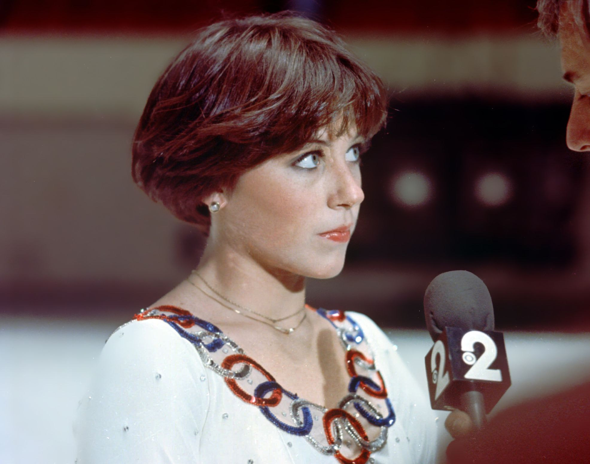 1977 Ice Skater Dorothy Hamill During An Interview Ap Photo File Dorothy Hamill Haircut Dorothy Hamill Wedge Haircut