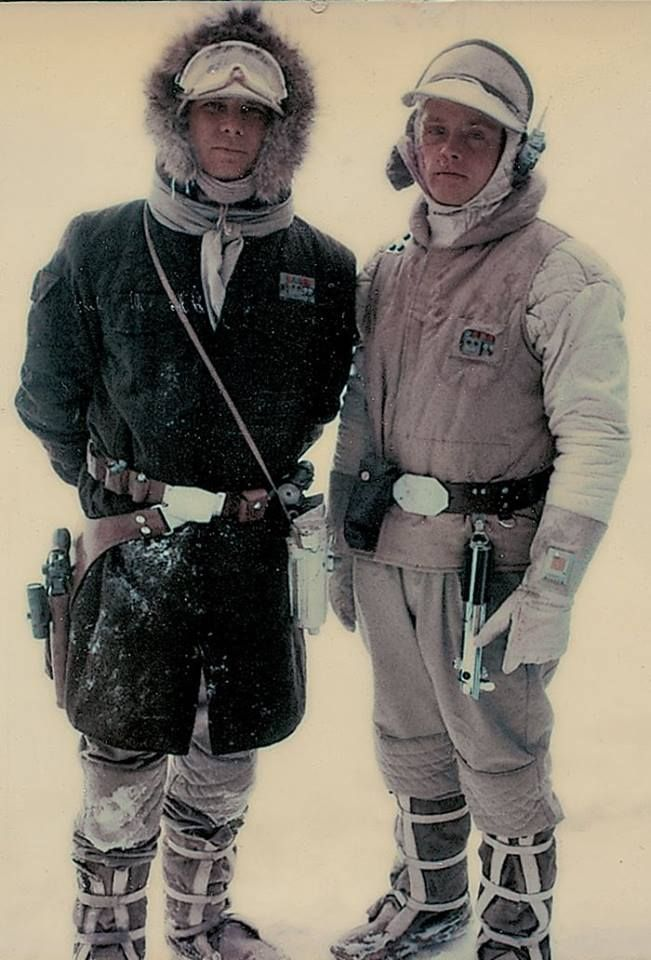 Star Wars: The Empire Strikes Back - Han and Luke on Hoth | Star wars  pictures, Star wars cast, Star wars empire