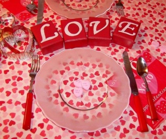 59 Romantic Valentine\'s Day Table Settings - DigsDigs   Holidays ...