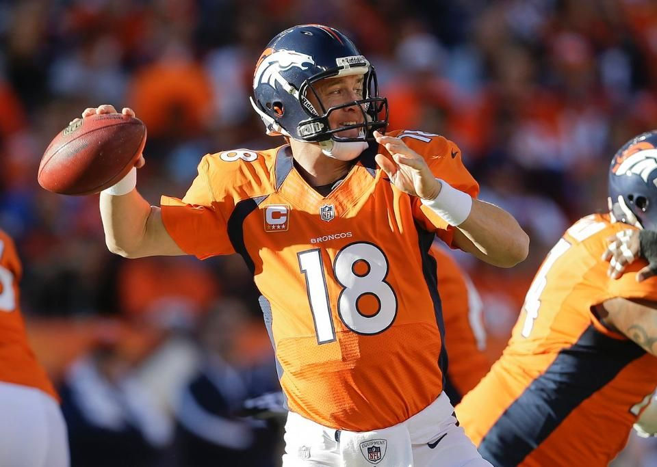 Broncos Vs Buccaneers First Half Photo Gallery Broncos Peyton Manning A Day In Life