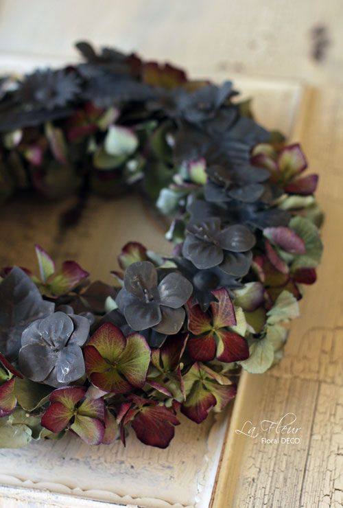 wreath out of dried hydrangeas
