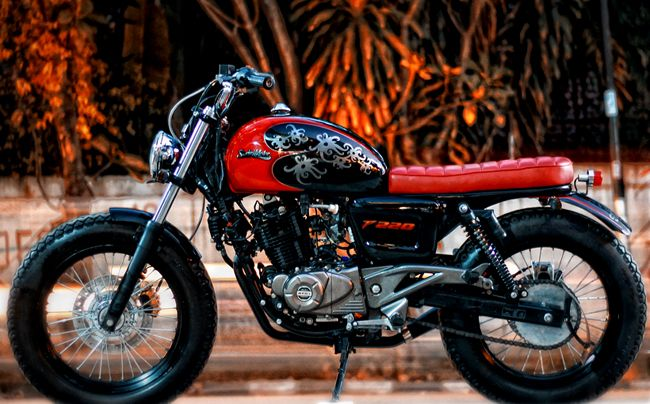 Pulsar 220 Cafe Racer Google Search Cafe Racer Brat Style