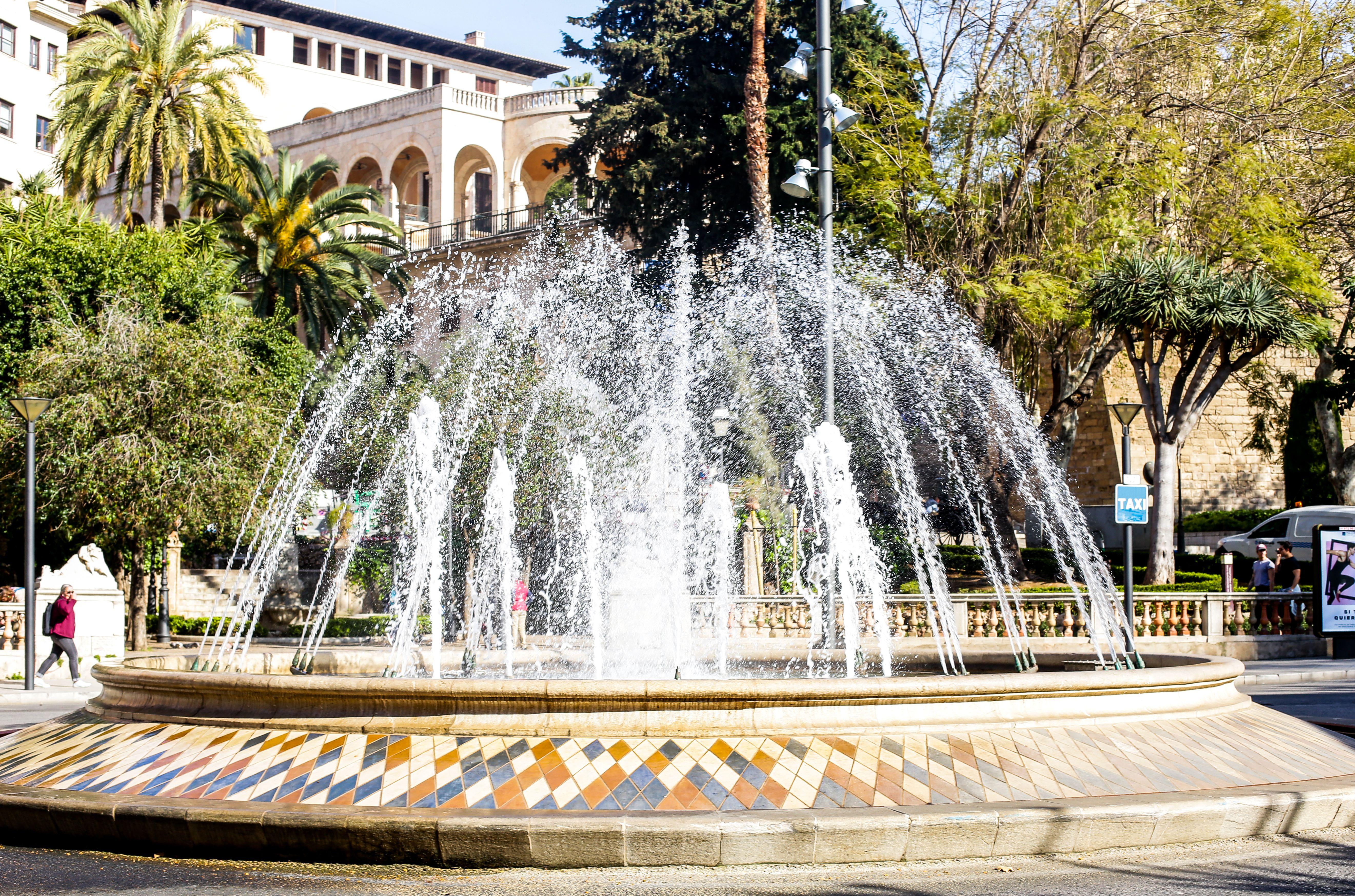 Palma De Mallorca Fountain Mallorca Urlaub Ferienhaus Mallorca Ferienwohnung Auf Mallorca