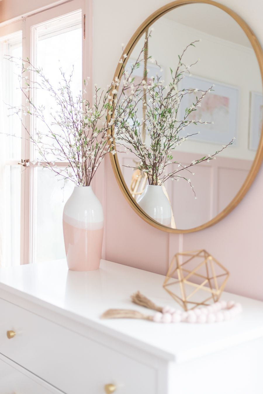 Pink and Gold Girls Bedroom #girlsbedroom