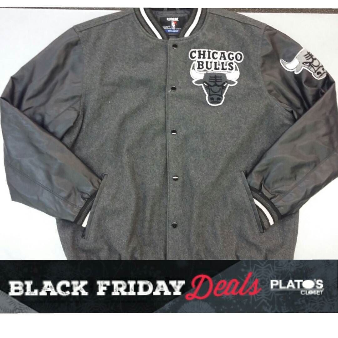 Bulls jacket for guys Size X-Large and only $35!! But you won't see it again until Black Friday  #blackfridayvault #Schaumburg #platoscloset #chicagobulls #mens