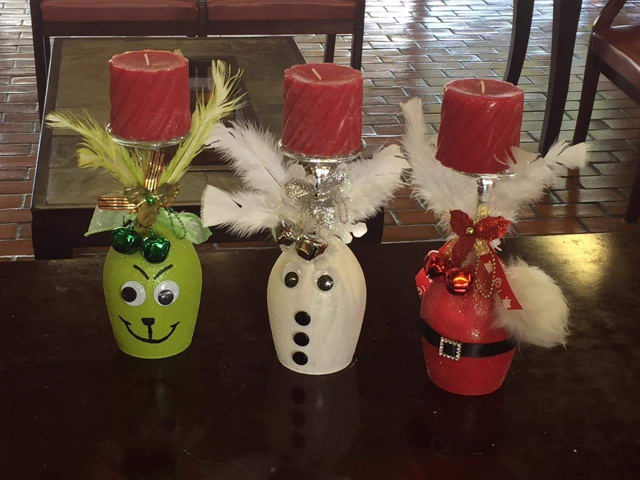 50 Amazing Diy Christmas Wine Glasses Candle Holders For Your Favorite Christmas Party Christmas Wine Glasses Diy Christmas Wine Glasses Wine Glass Candle Holder
