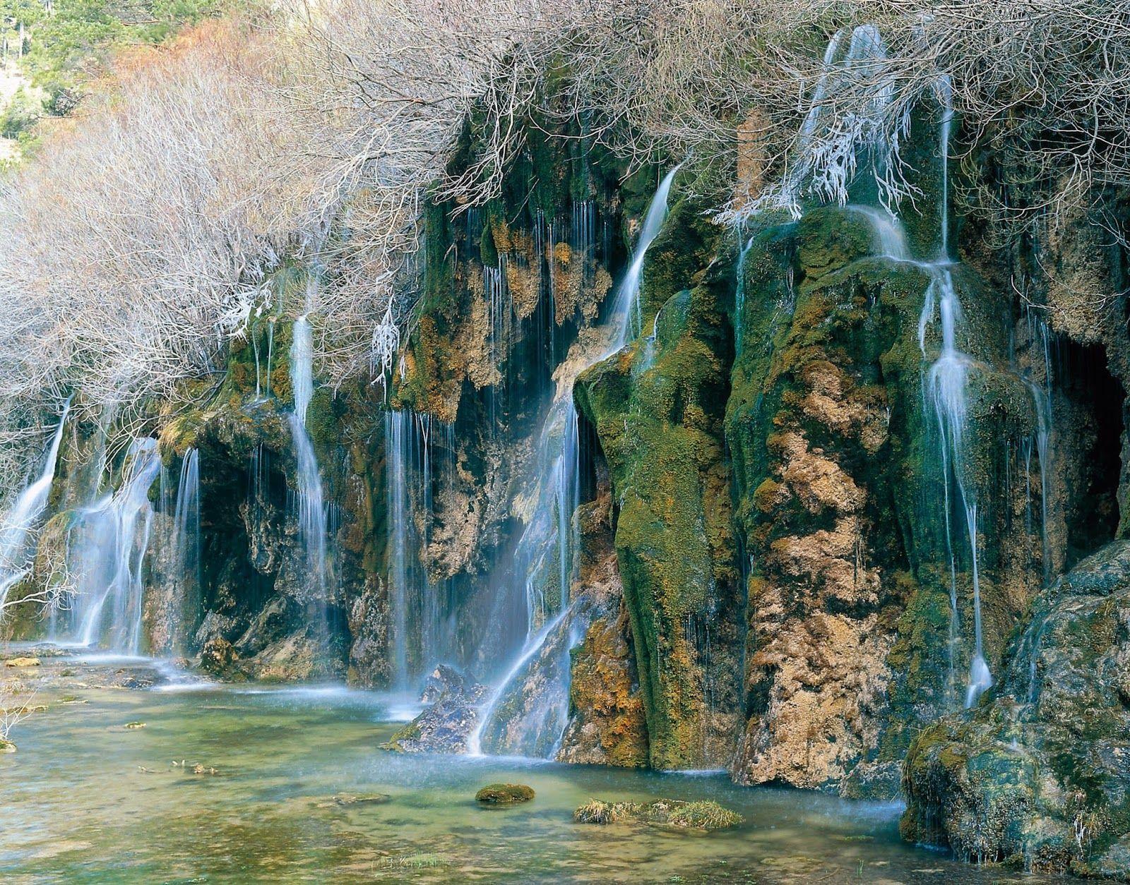 Nacimiento Del Rio Cuervo Vega Del Codorno Cuenca Sitios De España Viajar Por España Cascadas España