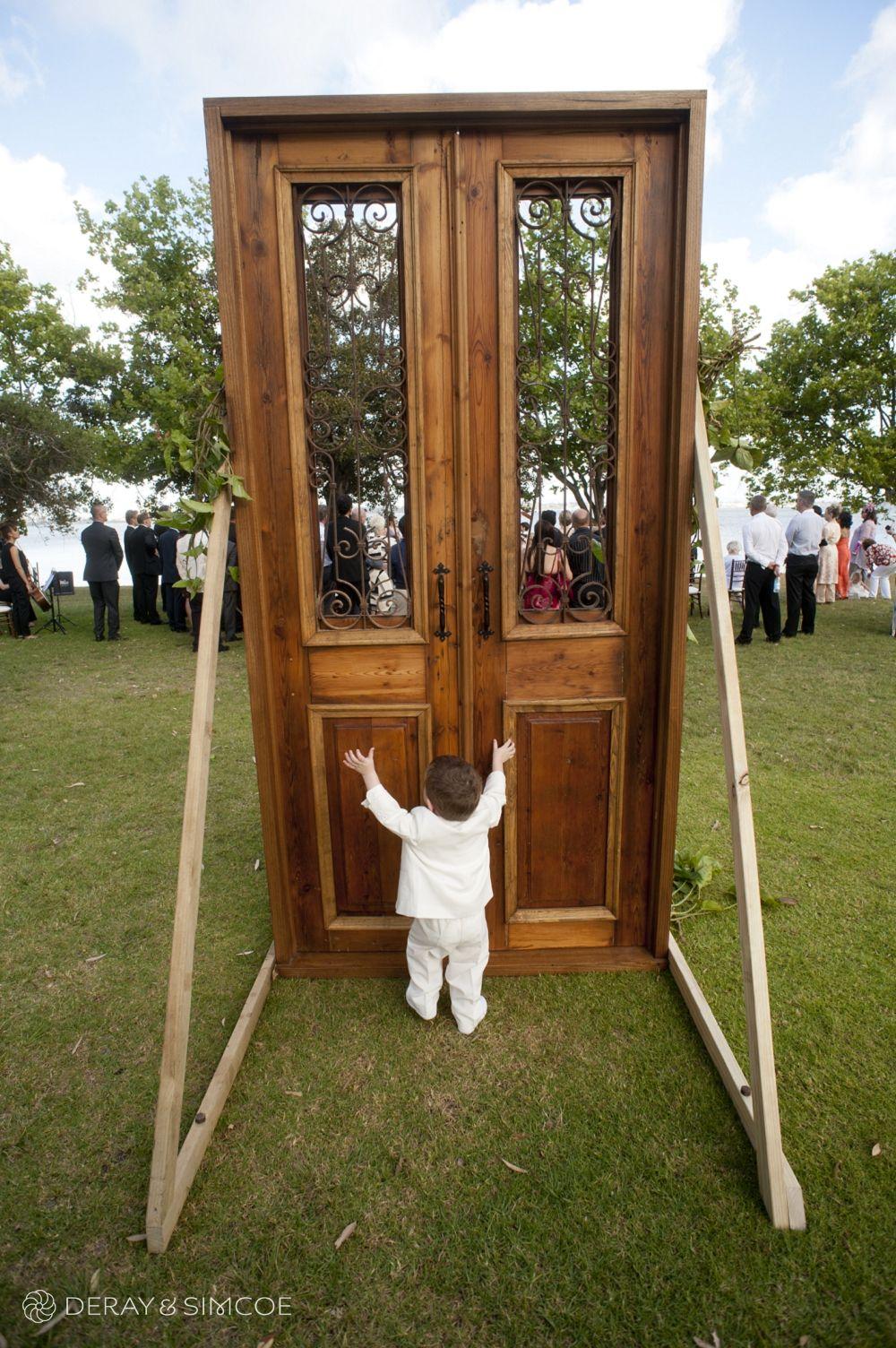 11 matilda bay outdoor ceremony wooden doors