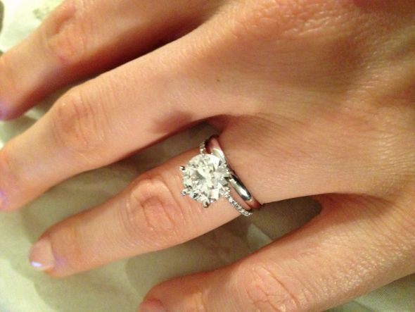 Finally Found A Picture Of Diamond Engagement Ring With Plain Wedding Band