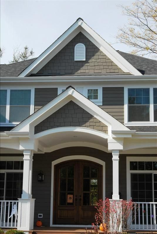 Pin By Abigail Berger On A Home Beautiful Exteriors House Paint Exterior Exterior Paint Colors For House Craftsman Exterior