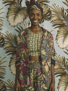 Botanische Afrika-Prints bringen Farben in die Modewelt