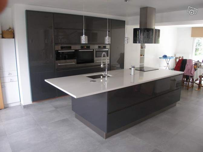plan de travail de cuisine en quartz direct usine. Black Bedroom Furniture Sets. Home Design Ideas