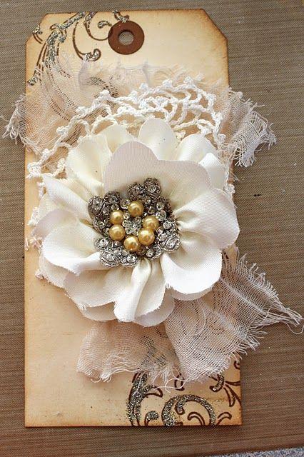 Flower tag tut