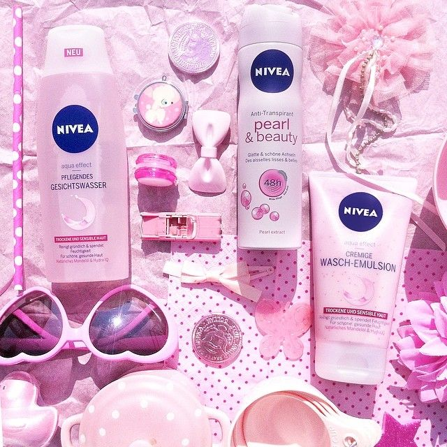 """Karl Lagerfeld once said: """"Think pink but don't wear it."""" As you can see, we do not share his opinion this time. ;-) What about you? #NIVEA #beauty #cosmetics #love #pretty #pink #pflege #skincare"""