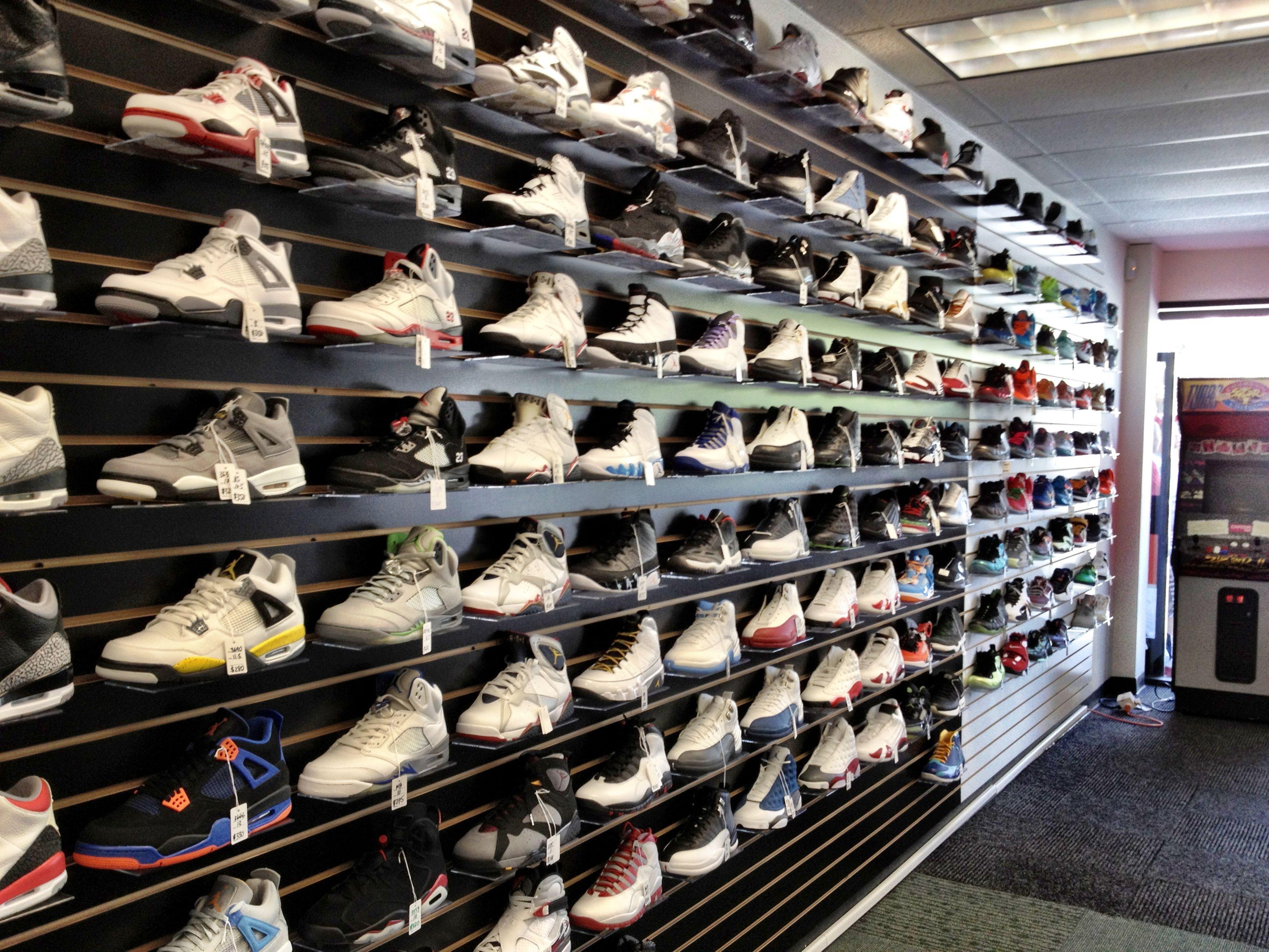 sneakerheads #jordans #nike #boutique