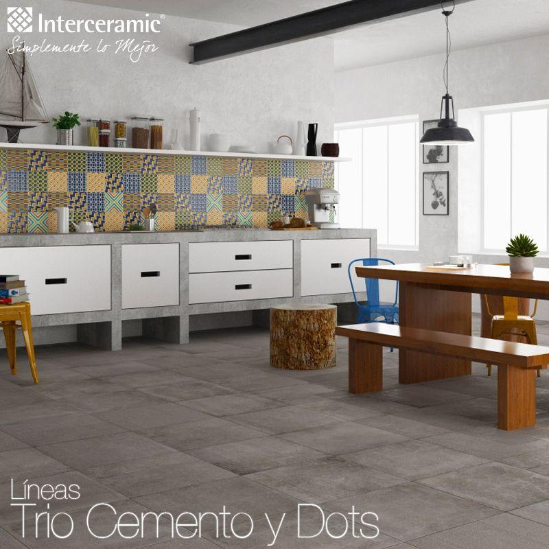 Una pared estampada dará más vista a tu cocina y a los muebles