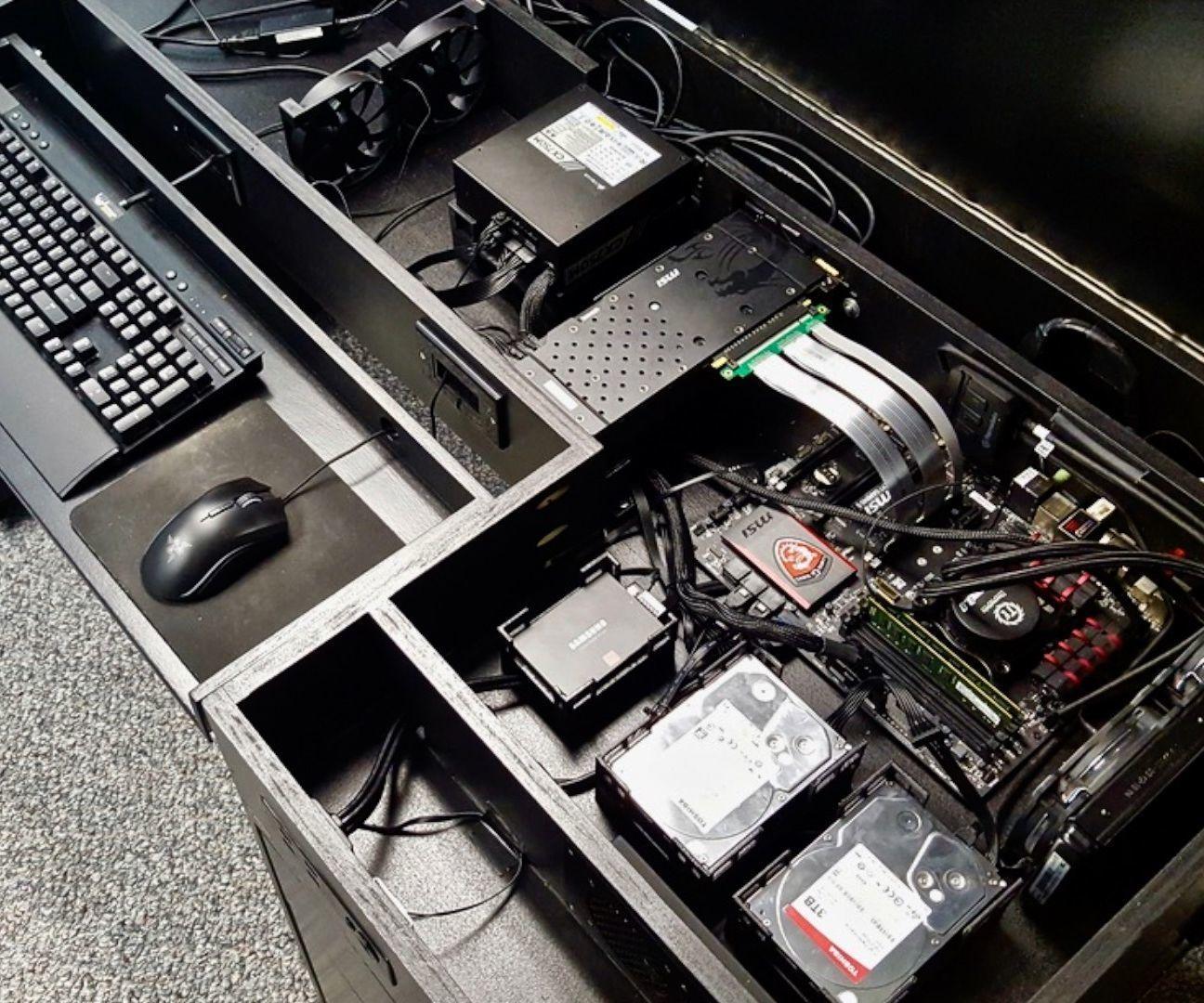 Building A Computer Desk Diy Desk Pc Built In Computer Desk