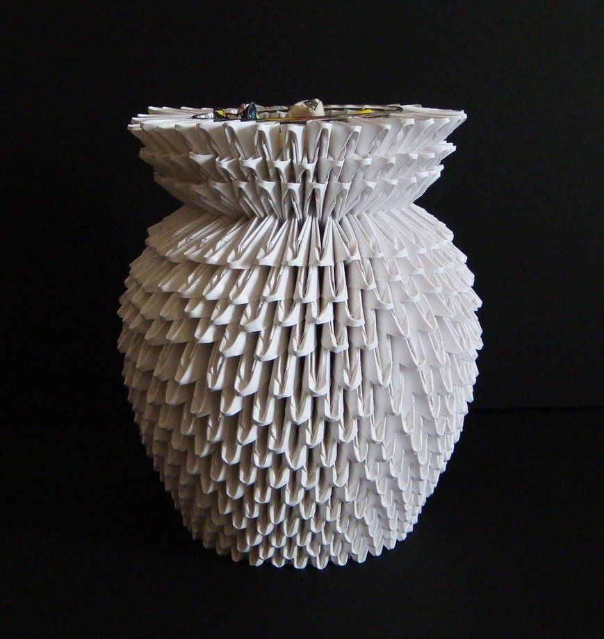 3d origami vase made from over 600 folded pieces black lights 3d origami vase made from over 600 folded pieces reviewsmspy