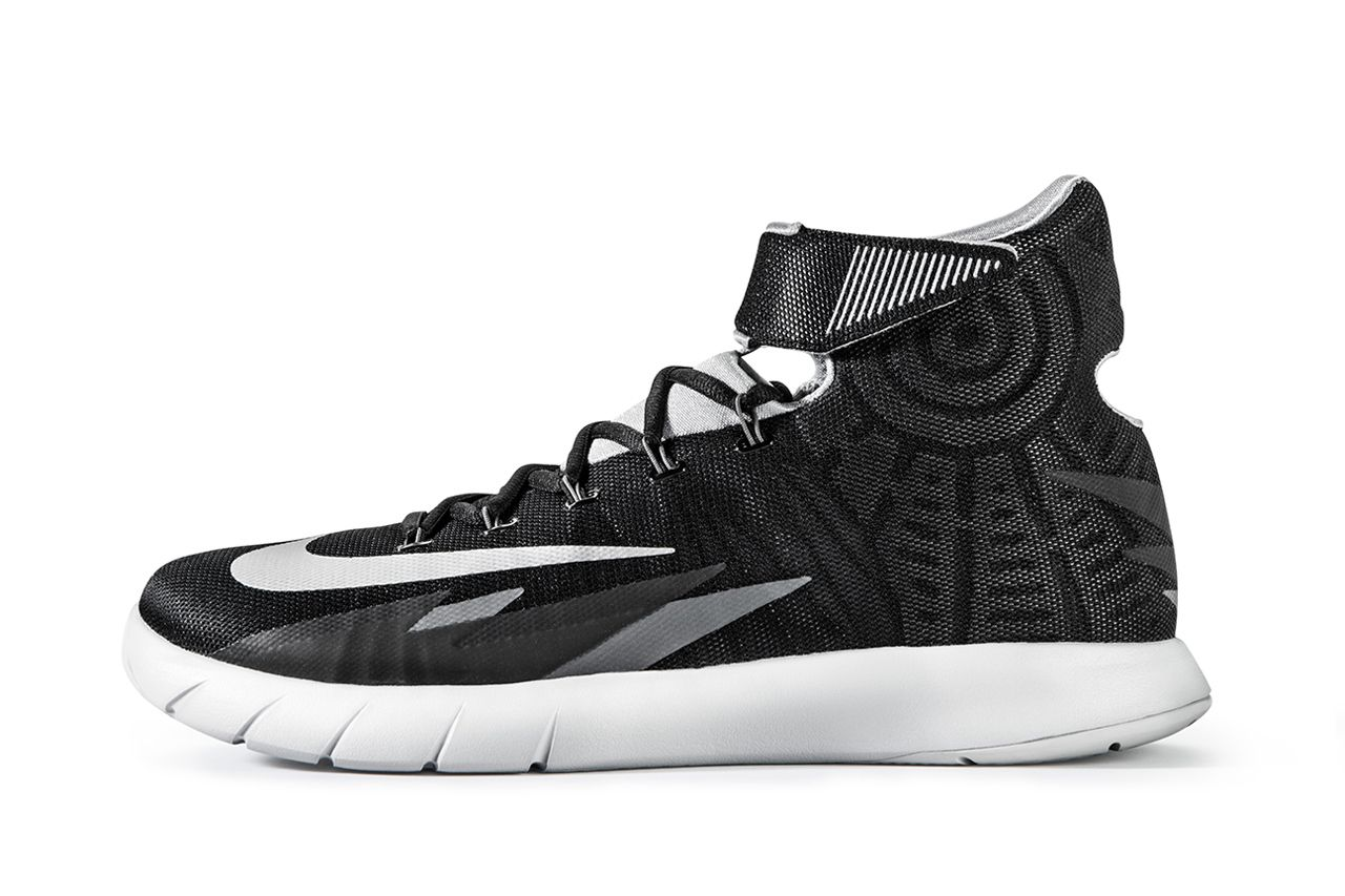 Kyrie Irving's new signature shoe | Nike Zoom HyperRev