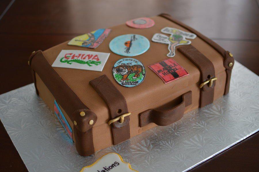 Pin By Claudia Estrada On Cakes Pinterest Suitcase Cake Cake