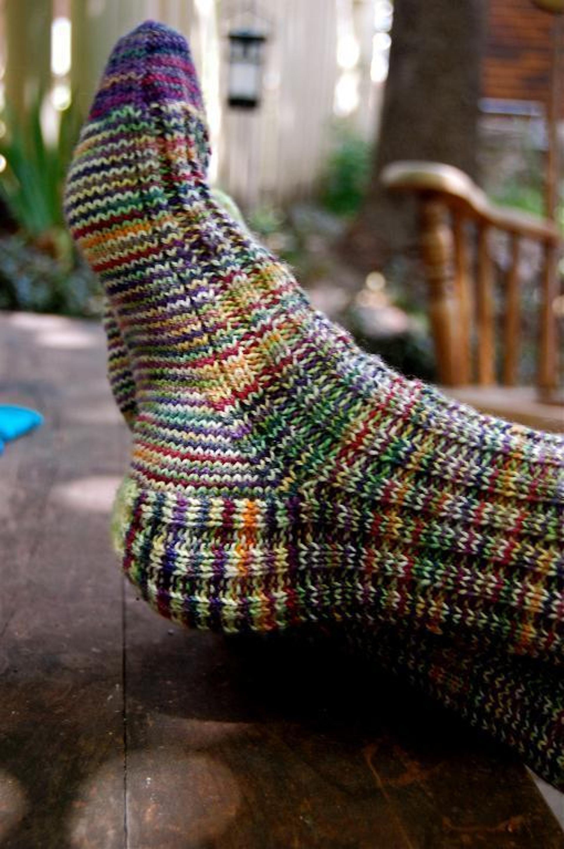 A Study in Scraps: Sock #1   Knitting socks, Knitted socks ...