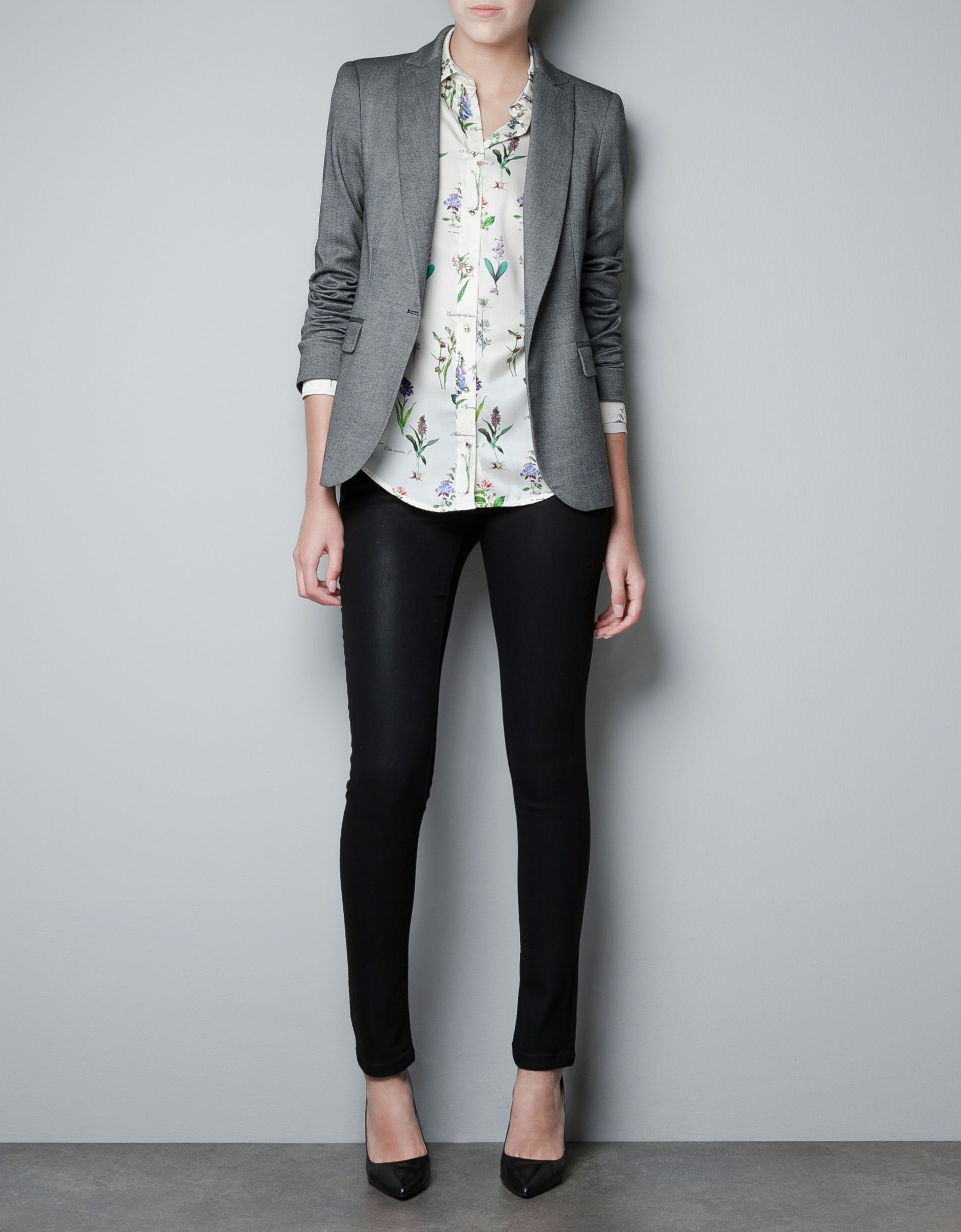 818f60eec6a Excellent 16 Cool Outfits With Grey Skinny Jeans For This Fall Styleoholic